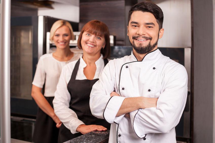Dicas de como investir na capacitação de funcionários do seu restaurante