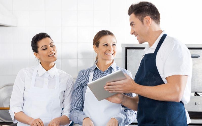 Como cadastrar restaurante no iFood: tudo que você precisa saber